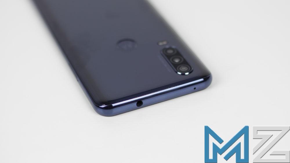 Toma de auriculares del Motorola One Action