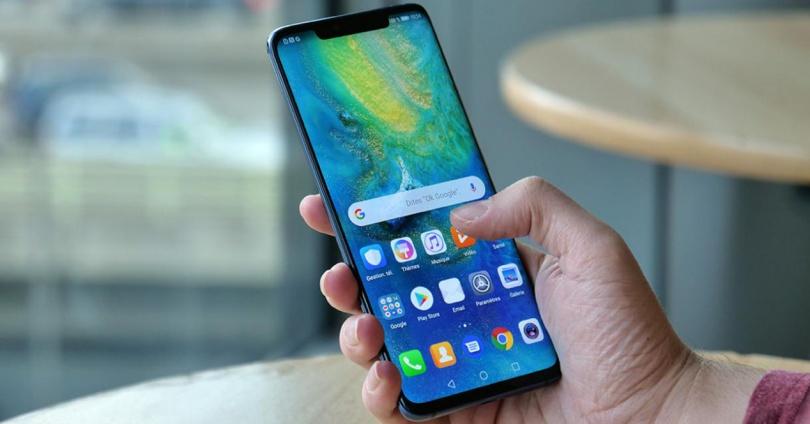 Frontal de un móvil con pantalla grande