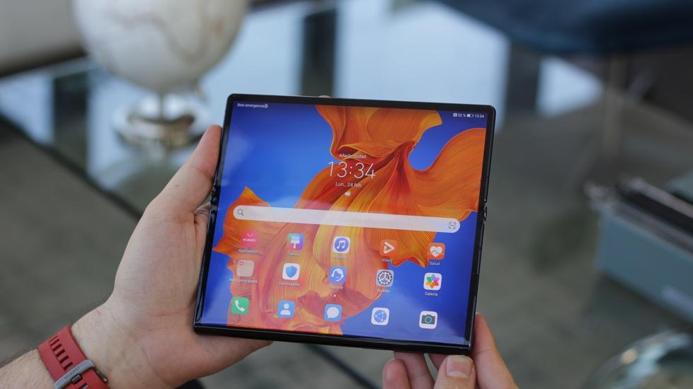 Huawei Mate XS abierto